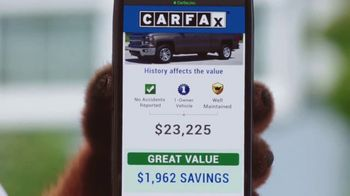 CarFax.com TV Spot, 'Man and Dog Ashamed After Overpaying for Used Car' - Thumbnail 5