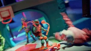 Rise of the Teenage Mutant Ninja Turtles Figures TV Spot, 'Sewer Squad Alert' - Thumbnail 6