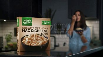 Marie Callender's Creamy Vermont Mac & Cheese Bowl TV Spot, 'Dancing While Eating' - Thumbnail 10