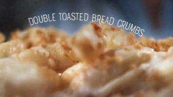 Marie Callender's Creamy Vermont Mac & Cheese Bowl TV Spot, 'Dancing While Eating' - Thumbnail 7