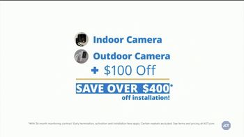 ADT Smart Security TV Spot, 'Home Safety During Halloween: $100 Off Installation' - Thumbnail 8