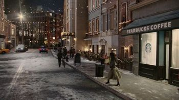 Starbucks Peppermint Mocha TV Spot, 'Holidays: Magic in the Night' Song by Kayla Stockert - Thumbnail 4