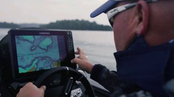 Lowrance HDS Live TV Spot, 'Sleek New Design'