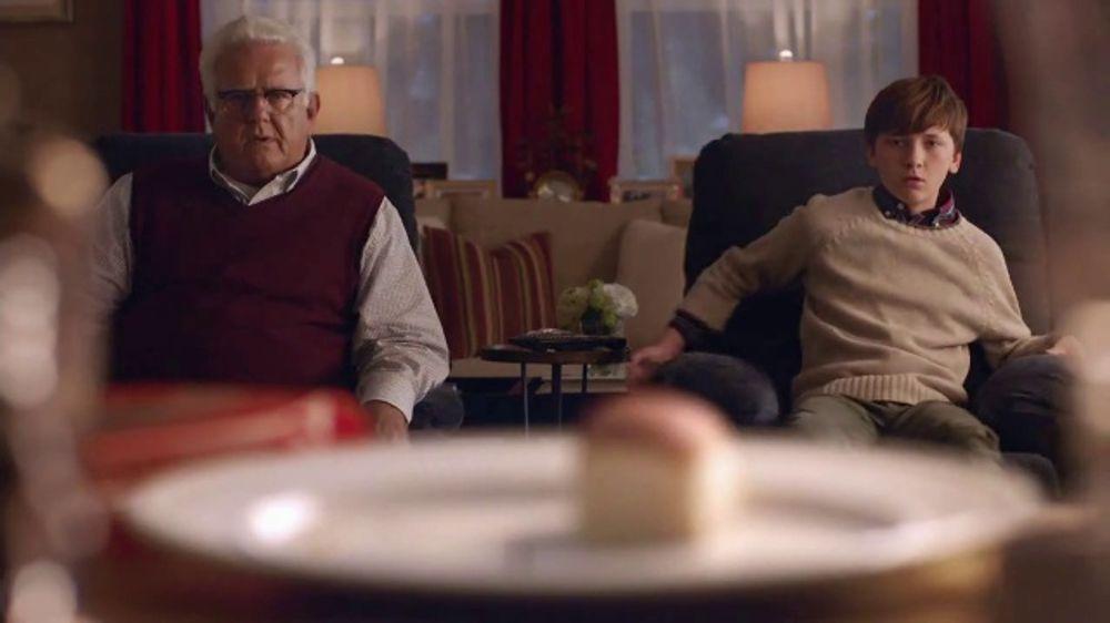 King's Hawaiian Rolls TV Commercial, 'Chair Race'