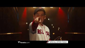 Fanatics.com TV Spot, 'Leagues, Teams and Players You Love' Song by Greta Van Fleet - Thumbnail 5