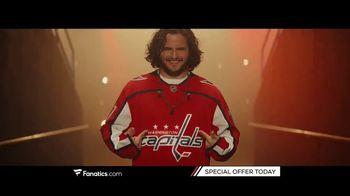 Fanatics.com TV Spot, 'Leagues, Teams and Players You Love' Song by Greta Van Fleet - Thumbnail 6