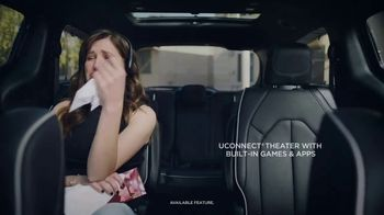 Chrysler Pacifica S TV Spot, 'Soccer Practice: How We Do It' Featuring Kathryn Hahn, Song by Montell Jordan [T1] - Thumbnail 3