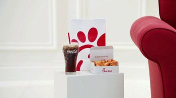 Chick-fil-A TV Spot, 'Game Day Rituals' - Thumbnail 4