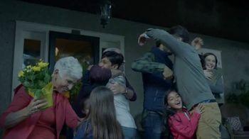 Michelin Wiper Blades TV Spot, 'The Right Hug'