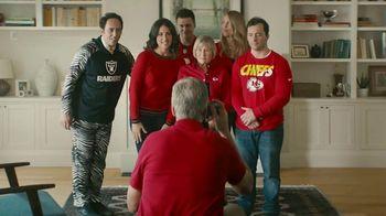 NFL Shop TV Spot, 'Awkward Family Photo: 25 Percent Off'