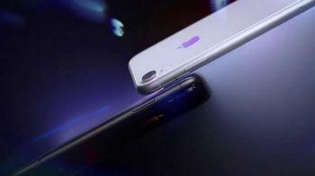 Apple iPhone XR TV Spot, 'Spectrum' Song by Emmit Fenn - Thumbnail 6