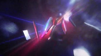 Apple iPhone XR TV Spot, 'Spectrum' Song by Emmit Fenn - Thumbnail 7