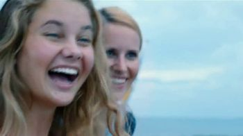 Norwegian Cruise Line TV Spot, 'Free Airfare and Open Bar' Song by Pitbull - Thumbnail 3