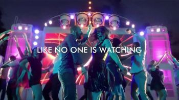 Norwegian Cruise Line TV Spot, 'Free Airfare and Open Bar' Song by Pitbull - Thumbnail 9