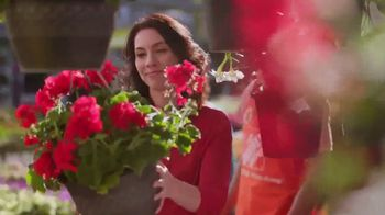 The Home Depot Memorial Day Savings TV Spot, 'The Latest' - Thumbnail 6