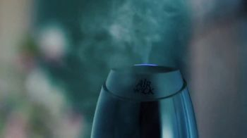 Air Wick Essential Mist TV Spot, 'Essential Oils Transformed Into Mist'