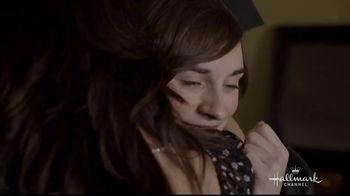 Hallmark TV Spot, 'Proud Mom' - Thumbnail 10