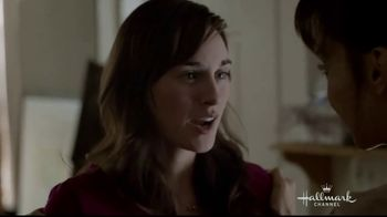 Hallmark TV Spot, 'Proud Mom' - Thumbnail 2