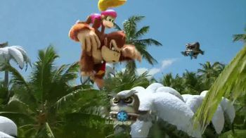 Donkey Kong Country: Tropical Freeze TV Spot, 'Trouble in Paradise' - Thumbnail 3