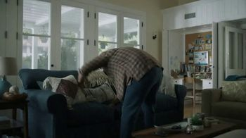 GEICO TV Spot, 'Dave Coulier Rescued From Couch' - Thumbnail 1