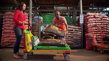 The Home Depot Memorial Day Savings TV Spot, 'Empieza el verano' [Spanish] - Thumbnail 6