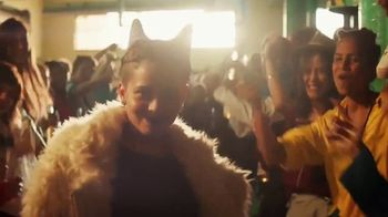 Cerveza Sol TV Spot, 'A Brilliant Mexican Lager' Song by Amandititita - Thumbnail 8