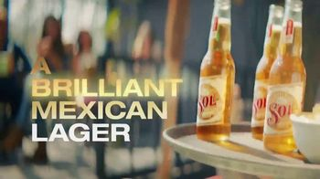 Cerveza Sol TV Spot, 'A Brilliant Mexican Lager' Song by Amandititita