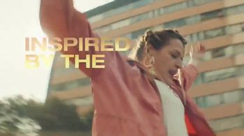 Cerveza Sol TV Spot, 'A Brilliant Mexican Lager' Song by Amandititita - Thumbnail 4