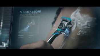 Schick Hydro 5 Sense TV Spot, 'Protect Skin From Irritation' - Thumbnail 7