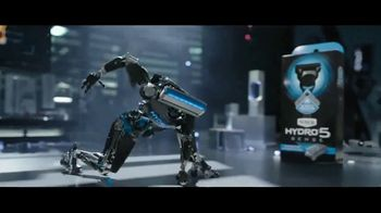 Schick Hydro 5 Sense TV Spot, 'Protect Skin From Irritation'