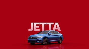 2019 Volkswagen Jetta TV Spot, 'Woofer' Song by YUNGBLUD [T1] - Thumbnail 4