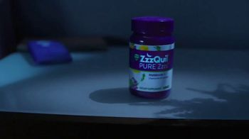 Vicks ZzzQuil PURE Zzzs TV Spot, 'Sleep Before Smartphones'