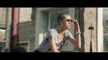 Macy's Venta de Memorial Day TV Spot, 'Extraordinaria' [Spanish] - Thumbnail 4