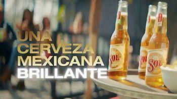 Cerveza Sol TV Spot, 'Brillante y refrescante' [Spanish] - Thumbnail 3