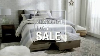 Macy's Memorial Day Sale TV Spot, 'Sectionals, Beds and Dining Sets' - Thumbnail 2