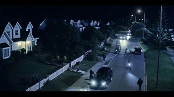 Experian Dark Web Triple Scan TV Spot, 'Vans: Triple Scan'
