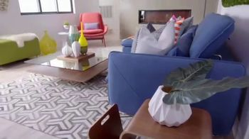 Wayfair TV Spot, 'HGTV: Brother vs. Brother' - Thumbnail 2