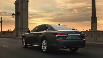 Lexus LS 500 TV Spot, 'Dimensions'
