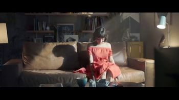 Macy's Memorial Day Sale TV Spot, 'Let the Sun Shine' Song by Brenton Wood - Thumbnail 2