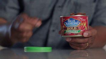 Blue Diamond Almonds Bold Sriracha TV Spot, 'Come On' - Thumbnail 4