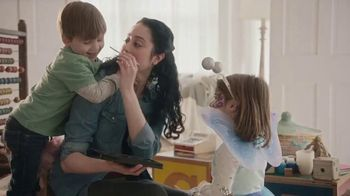 Azo Daily Probiotic TV Spot, 'Life Doesn't Pause'