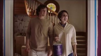BEHR MARQUEE Interior Memorial Day Savings TV Spot, 'It's Got Potential' - Thumbnail 4