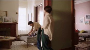 BEHR MARQUEE Interior Memorial Day Savings TV Spot, 'It's Got Potential' - Thumbnail 8