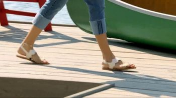 Macy's Memorial Day Sale TV Spot, 'Shoes & Sportswear' Song by Brenton Wood - Thumbnail 7