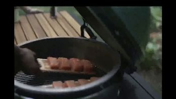 Big Green Egg TV Spot, 'Playing With Fire' - Thumbnail 7