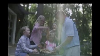 Big Green Egg TV Spot, 'Playing With Fire' - Thumbnail 8