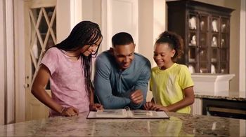 Samsung Gear S3 TV Spot, 'Father's Day: First Hero' Feat. Grant Hill