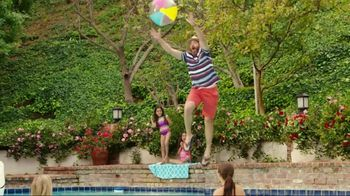JCPenney TV Spot, 'Summer Savings for the Family'  Song by Redbone - Thumbnail 9