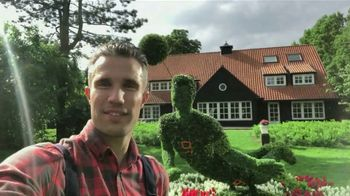 Wish TV Spot, 'What Does Robin van Persie Do With Time on His Hands? - Thumbnail 9