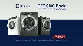 Electrolux TV Spot, 'Chef's Dress: $100 Back' - Thumbnail 6